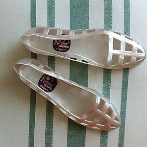 Pearl Kinney sandal NWOT vintage